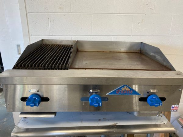 Castle 26″ Manual Griddle/Charbroiler – PRE-OWNED
